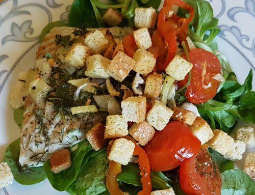 Easy cooking: Seelachsfilet mit Kräuter und Gemüse